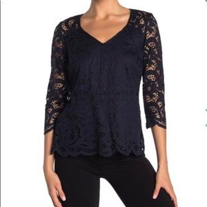 NWT Nanette Lace Scalloped 3/4 Sleeve Top